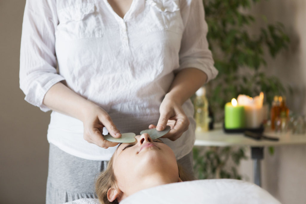 gua sha eye treatment